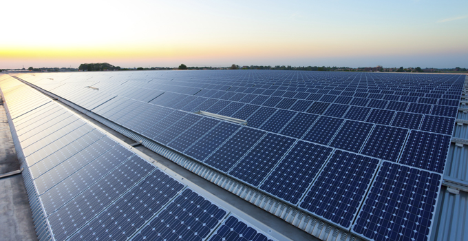 Can-commercial-solar-and-storage-reduce-risk-680x300