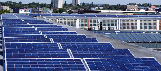 How-can-businesses-get-more-value-from-their-investment-in-solar-and-storage-680x300